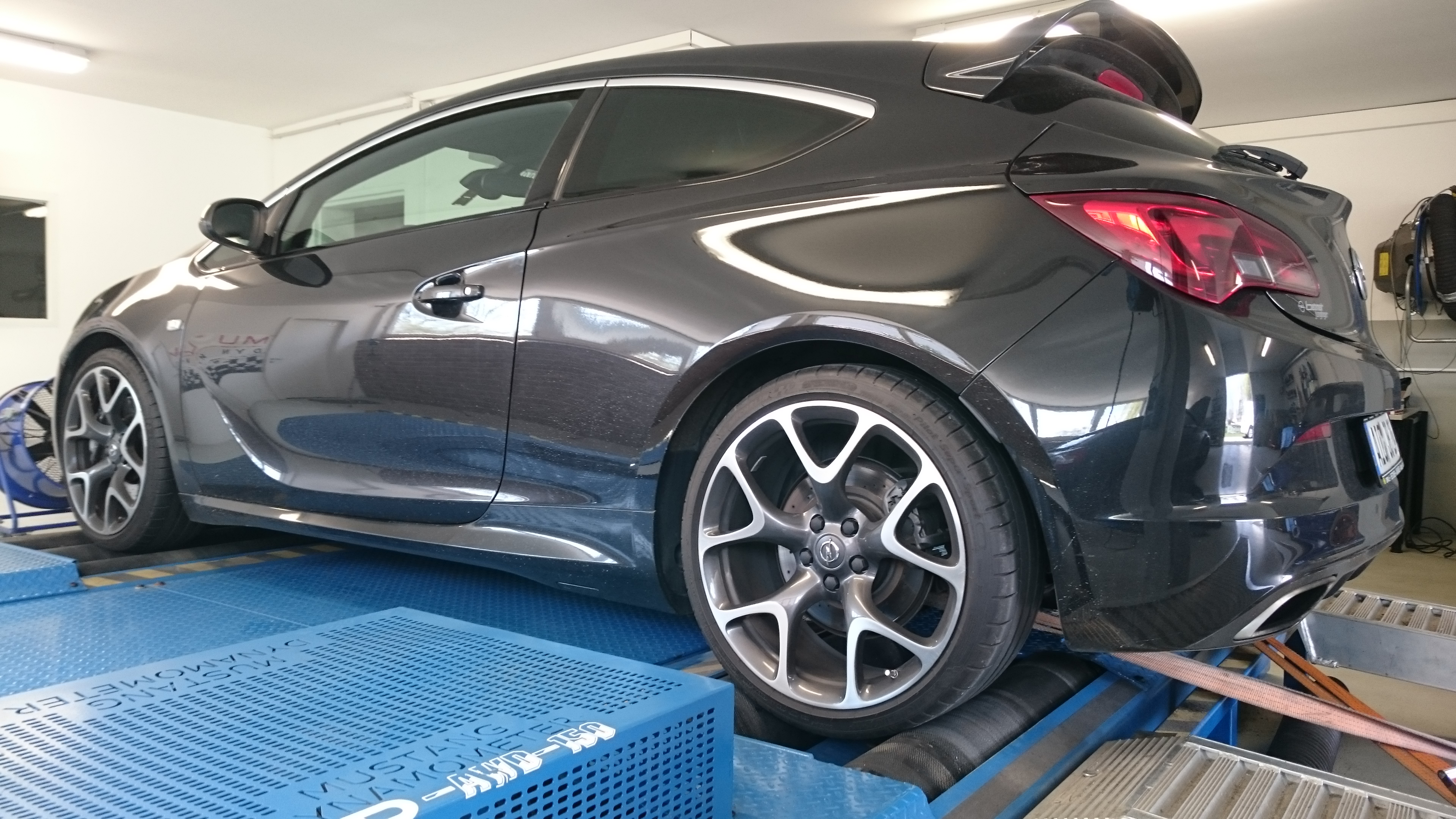 Aktualne Opel Astra J OPC 309Ps Stage 1 — GT-innovation TL95