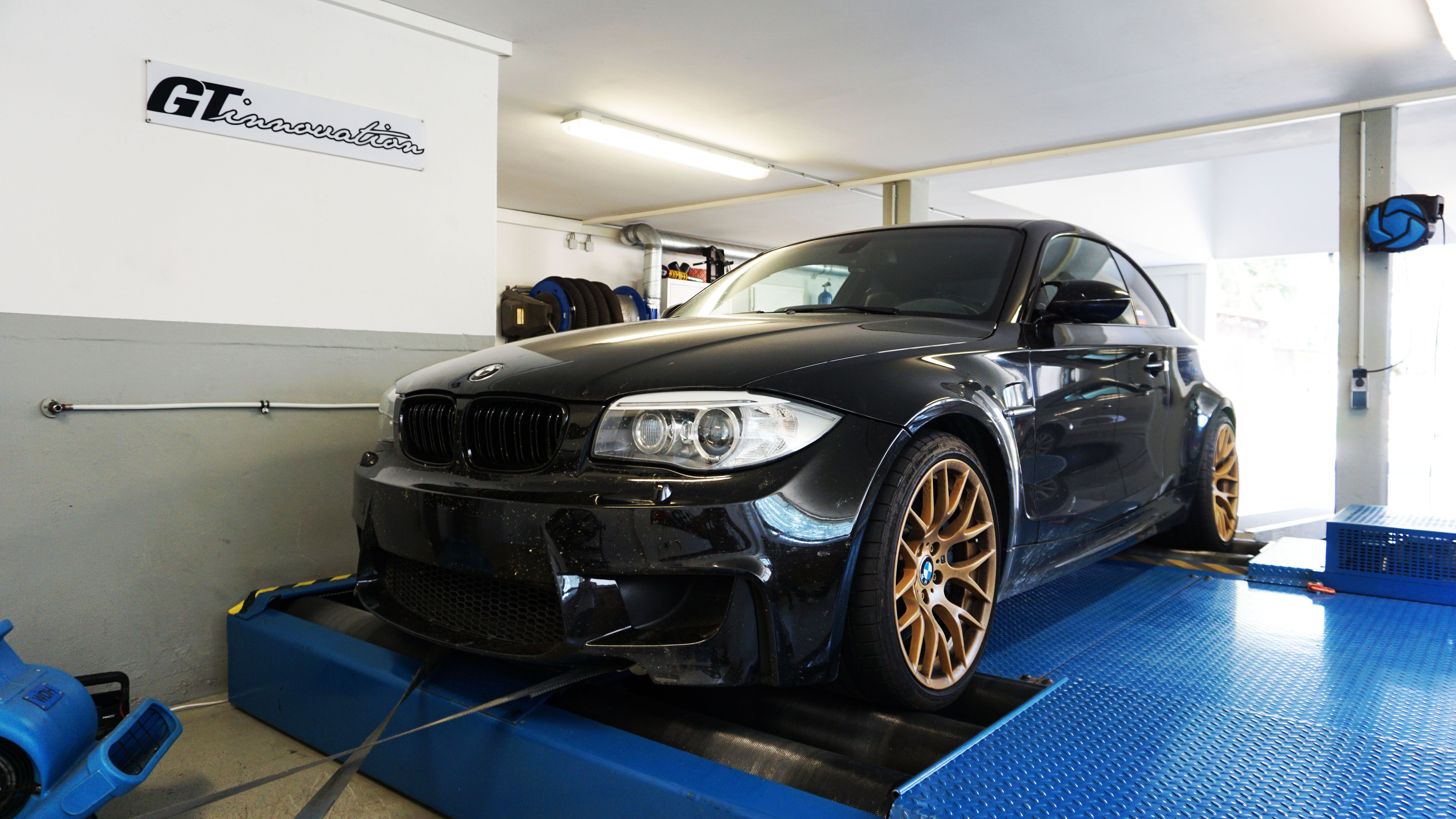Bmw 1m Coupe Stage 1 401 Ps 628 Nm Gt Innovation